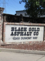 black-gold-entrance